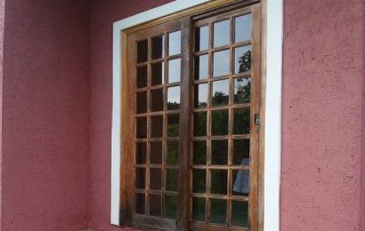 Klasické versus posuvné dveře v interiéru