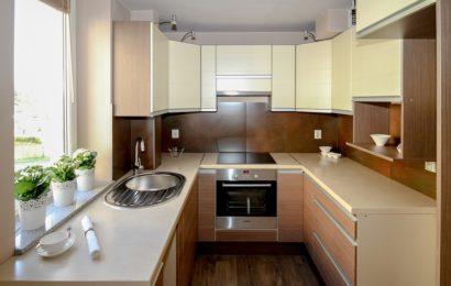 Jak stylově a prakticky zařídit malou kuchyň?